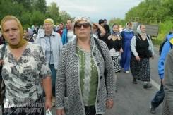 easter_procession_ukraine_pochaev_sr_0612