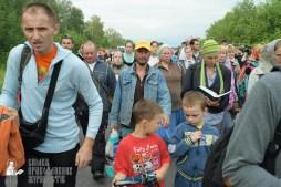 easter_procession_ukraine_pochaev_sr_0634