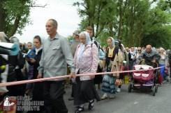 easter_procession_ukraine_pochaev_sr_0676