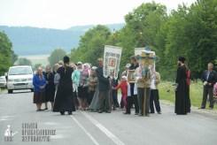 easter_procession_ukraine_pochaev_sr_0679
