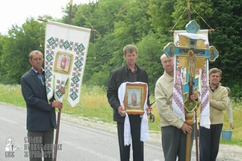 easter_procession_ukraine_pochaev_sr_0683