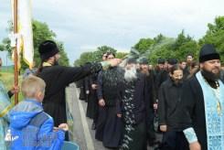 easter_procession_ukraine_pochaev_sr_0691