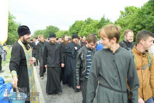 easter_procession_ukraine_pochaev_sr_0697