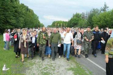 easter_procession_ukraine_pochaev_sr_0744