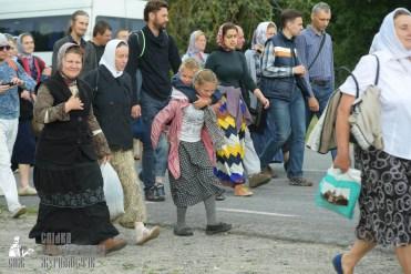 easter_procession_ukraine_pochaev_sr_0770