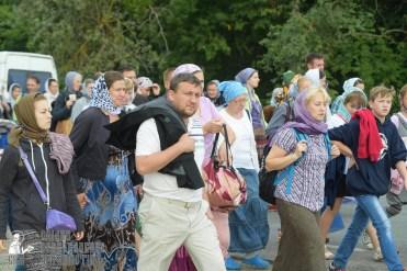 easter_procession_ukraine_pochaev_sr_0771