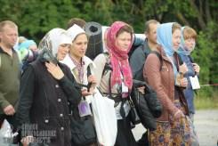 easter_procession_ukraine_pochaev_sr_0787