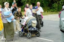 easter_procession_ukraine_pochaev_sr_0840