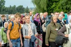 easter_procession_ukraine_pochaev_sr_0924
