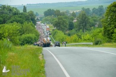easter_procession_ukraine_pochaev_sr_0948