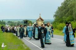 easter_procession_ukraine_pochaev_sr_0954