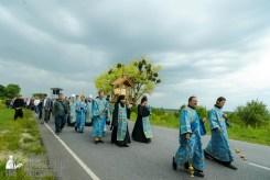 easter_procession_ukraine_pochaev_sr_1002