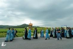 easter_procession_ukraine_pochaev_sr_1029