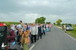 easter_procession_ukraine_pochaev_sr_1032