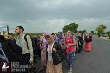 easter_procession_ukraine_pochaev_sr_1041