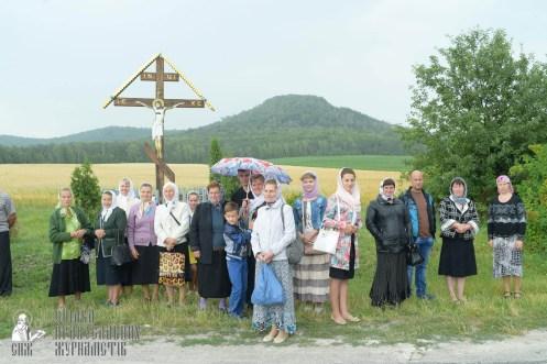 easter_procession_ukraine_pochaev_sr_1045