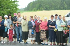 easter_procession_ukraine_pochaev_sr_1059