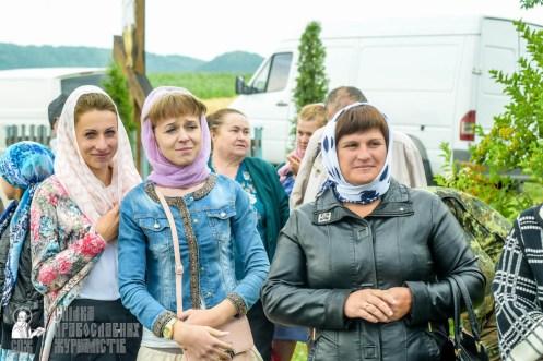 easter_procession_ukraine_pochaev_sr_1061