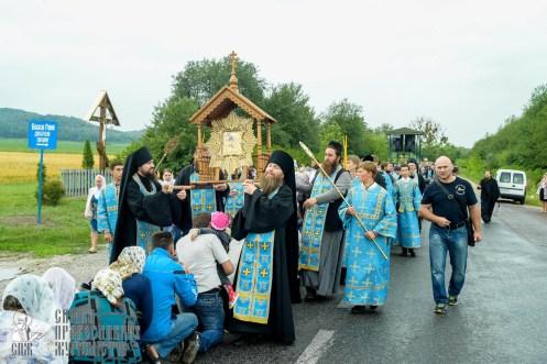easter_procession_ukraine_pochaev_sr_1104
