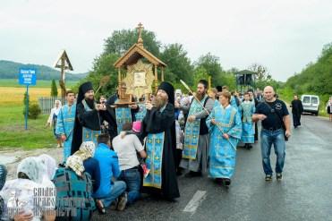 easter_procession_ukraine_pochaev_sr_1105