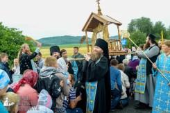 easter_procession_ukraine_pochaev_sr_1113