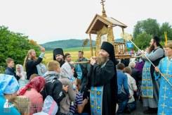 easter_procession_ukraine_pochaev_sr_1114