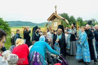 easter_procession_ukraine_pochaev_sr_1118