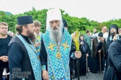easter_procession_ukraine_pochaev_sr_1134