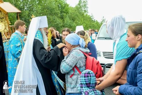 easter_procession_ukraine_pochaev_sr_1144
