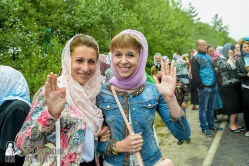 easter_procession_ukraine_pochaev_sr_1162