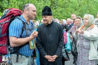 easter_procession_ukraine_pochaev_sr_1168