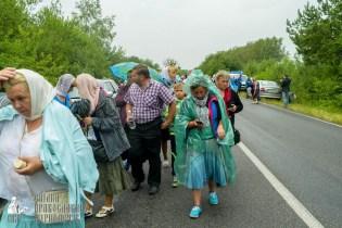 easter_procession_ukraine_pochaev_sr_1175