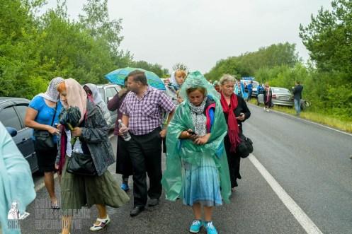 easter_procession_ukraine_pochaev_sr_1176