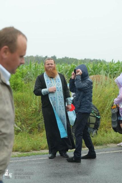 easter_procession_ukraine_pochaev_sr_1207