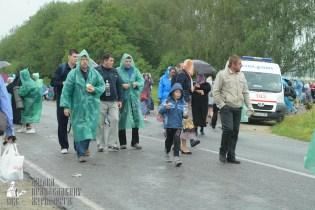 easter_procession_ukraine_pochaev_sr_1209