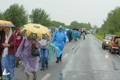 easter_procession_ukraine_pochaev_sr_1214