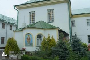 easter_procession_ukraine_pochaev_sr_1249