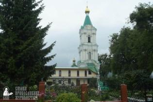easter_procession_ukraine_pochaev_sr_1251