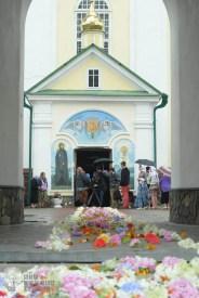 easter_procession_ukraine_pochaev_sr_1265