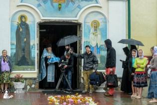 easter_procession_ukraine_pochaev_sr_1269