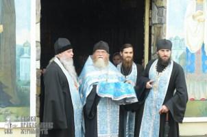 easter_procession_ukraine_pochaev_sr_1270