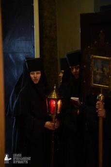 easter_procession_ukraine_pochaev_sr_1273