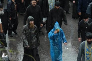 easter_procession_ukraine_pochaev_sr_1325