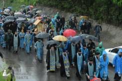 easter_procession_ukraine_pochaev_sr_1340