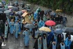 easter_procession_ukraine_pochaev_sr_1341