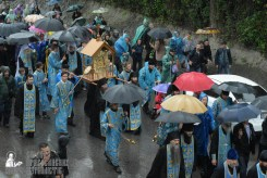 easter_procession_ukraine_pochaev_sr_1343