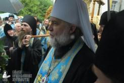 easter_procession_ukraine_pochaev_sr_1401