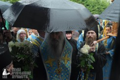easter_procession_ukraine_pochaev_sr_1403