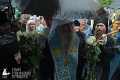 easter_procession_ukraine_pochaev_sr_1404