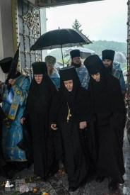 easter_procession_ukraine_pochaev_sr_1419